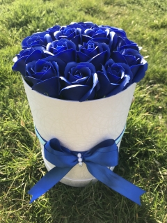 Flower Box - Dark Blue Roses